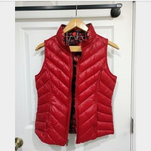 Jackets & Blazers - Reversible Red Roses Puffer